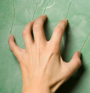 FingernailsChalkboard1