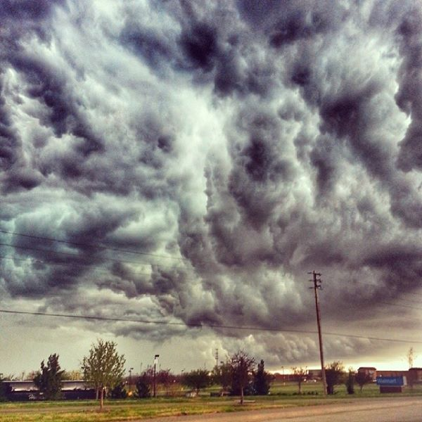 """""""Damn, these clouds CRAZY... time to leave town!"""""""